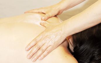 Salz-Öl-Massage